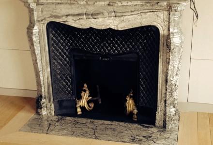 chemin e en marbre le plaisir du feu page 2. Black Bedroom Furniture Sets. Home Design Ideas